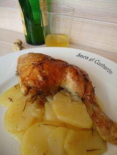 Saca el Cucharón: POLLO ASADO A LA SIDRA Spanish Cuisine, Spanish Dishes, Spanish Food, Meat Recipes, Mexican Food Recipes, Chicken Recipes, Cooking Recipes, Chicken Meals, Pollo Chicken