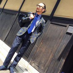 Navy & Blue styling!!@gujikyoto 商品はプロフィールからご覧ください  #guji #gujikyoto #kyoto #gujiosaka #salottodiguji #balconediguji #biglietta #instagood #instafashion #navy #blue #display#VMD #depetrillo #falorni #drakes #barba #incotex #bartonperreira #slowear #fashionpost #fashion #styling #outfit #outfitoftheday #instastyle #madeinitaly #napoli #milano #firenze by gujikyoto #tailrs