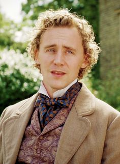 """William Buxton """"Return to Cranford"""". Or, as he calls himself, T Hiddy."""