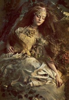 Sleeping beauty by Katarzyna Widmanska, via Behance