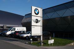 BMW reclamezuil by Lichtreclame van Haco, via 500px