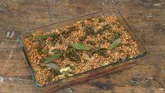 Bietenschotel met peer en gorgonzola - 24Kitchen How To Dry Basil, Green Beans, Avocado, Herbs, Vegetables, Food, Quiches, Casseroles, Wordpress