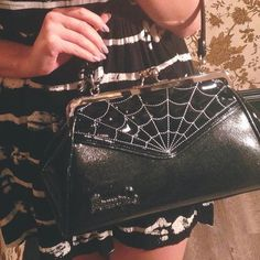 This bag is simply gorgeous <3