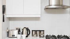 Oggi vi parliamo di un elemento importantissimo per la cucina: la #CAPPA! Questa solitamente è integrata con il resto dell'arredamento ma pur sempre distinta da una sua originalità. Ecco un articolo interessante con informazioni utili al riguardo http://www.lavorincasa.it/scelta-installazione-e-utilizzazione-di-una-cappa-per-cucina/