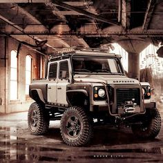 That defender is amazing . Defender Td5, Land Rover Defender 110, Landrover Defender, Cool Trucks, Cool Cars, Offroad, Pick Up, 4x4 Off Road, Jeep 4x4