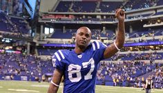 Reggie Wayne Re-Signs with Indianapolis Colts, Pierre Garcon to the Redskins