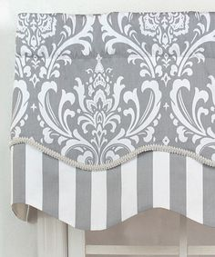 scalloped cornice or valance. message DesignNashville for custom window treatments. (we ship to you) This treatment requires crisp- non-stretchy fabric if it is a valance. print on cotton canvas is ideal Valance Window Treatments, Kitchen Window Treatments, Custom Window Treatments, Window Coverings, Cornices, No Sew Curtains, Curtains With Blinds, Window Curtains, Valences For Windows