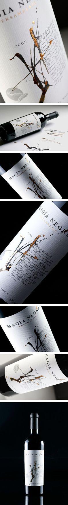 Magia Negra Wine Label by Labdiseño Chile: