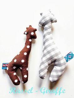 hei baby !: Babyrassel Giraffe - DIY-Dienstag!