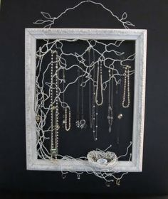 Amazing blog about recycled treasure. Obsessed with this jewelry holder!
