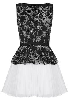 Lily Dress by Jones and Jones from TopShop. #bandwbridesmaid #weddingstyle