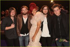 Kings of Leon: MTV EMAs 2010 with Rihanna!: Photo The guys of Kings of Leon catch up with Rihanna on the red carpet of the 2010 MTV Europe Music Awards on Sunday (November in Madrid, Spain. The band was nominated… Rihanna Photos, Kings Of Leon, Cool Bands, Mtv, Music Videos, Fur Coat, In This Moment, Concert, Boys