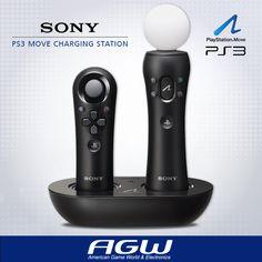 Mantenga sus controles PlayStation Move totalmente cargados y listos para la acción. La estación de carga PlayStation Move permite cargar fácilmente el control de movimiento y el control de navegación. Se enchufa directamente en la pared para mantener el orden en su centro de entretenimiento. Sumérjase en la acción con PlayStation Move.