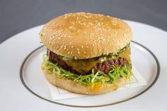 Recette de cheeseburger à l'échalote par Alain Ducasse