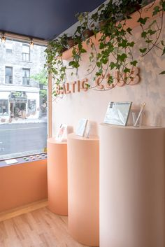 For the second outpost of Montreal stationery shop Baltic Club, architecture firm Ivystudio encouraged shopping and exploring. Window Display Retail, Window Display Design, Booth Design, Retail Displays, Shop Displays, Merchandising Displays, Retail Store Design, Retail Stores, Trade Show Design