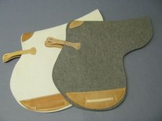 Filzfabrik Wurzen wool felt saddle pads.