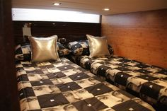 The Astondoa 43 Open is new and with 12 months warranty.    For more information please contact our office in Torrevieja.