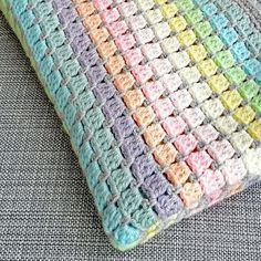 Vintage Rainbow crochet baby blanket kit – the ideal handmade gift for a baby shower or new arrival! Make a beautiful unisex cot blanket in pastel rainbow colours. Easy and fast to crochet – the perfect gift for a baby shower or new arrival. Crochet Afghans, Crochet Blanket Patterns, Baby Blanket Crochet, Crochet Stitches, Crochet Gifts, Easy Crochet, Crochet Hooks, Cot Blankets, Crib Blanket