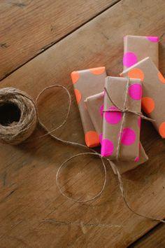 embrulho-papel-de-presente-personalizado-natal-drops-das-dez-laina-laine-1