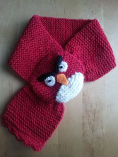 Johkunlaiset askareet: Angry bird -huivi Knitting For Kids, Baby Knitting Patterns, Hat Patterns, Lidia Crochet Tricot, Crochet Hats, Homemade Face Paints, Minion Party, Angry Birds, Body Art Tattoos