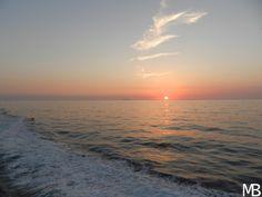 Tramonto calabrese con Stromboli sullo sfondo