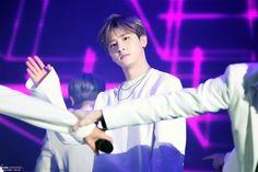 I.M 아이엠 || Im Changkyun 임창균 || Monsta X || 1996 || 175cm || Lead Rapper || Maknae