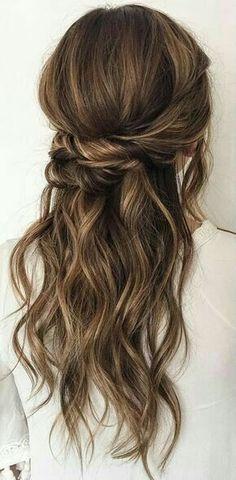 Balayage half up wavy hair #gorgeoushair