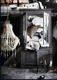 The New Victorian Ruralist: Exquisitely Styled...