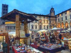 Antique fair Arezzo Tuscany Fiera dell'antiquariato Arezzo Toscana