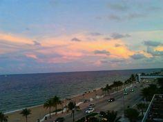 W Fort Lauderdale à Fort Lauderdale, FL is serving #Lillet