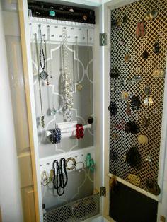 Ideas jewerly organizer diy shelf - About jewelry organizer diy