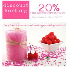 JewelCandle || Scented Candle with a gift inside. Receive a 20% discount by using the code vintagerosebrocante20 (expires 29 Sept. 2014)