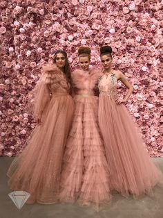 Michael Costello Spring Summer 2018 Womenswear at New York Fashion Week Bridesmaid Dresses, Prom Dresses, Formal Dresses, Wedding Dresses, Pastel Color Dress, Michael Costello, All Things Fabulous, Indian Fashion Dresses, Women Wear