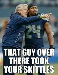 This is such a funny meme! Marshawn Lynch is a skittles fanatic and would eat skittles during NFL games. Seahawks Memes, Funny Football Memes, Funny Sports Memes, Funny Memes, Hilarious, Top Memes, But Football, Seahawks Football, Seattle Seahawks