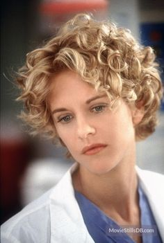 hair styles for thin face curly hair ideas for curly hair styles 6829 | 05797fb7b073c6829d8894892f523391 meg ryan haircuts short haircuts