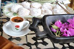Bodrum - Türkbükü evleri, #gununkahvesi kavala kurabiyeleri eşliğinde içildi ;)