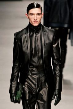 BYUNGMUN SEO.  2014 Fall - Winter  COLLECTION, Black leather suit,