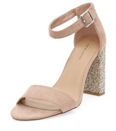 - Ankle strap fastening- Beaded block heel- Open toe- Soft finish- Heel height: 3.5