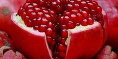 Rüyada bebeğe nar yedirmek yorumu: Rüyada bebeğe nar yedirmek yorumu, bu rüya zahmetlerinin meyvesini alarak elde ettiği mülke yorumlanır.Ayrıca zorlukla hak edilen yüksek mertebeye, sıkıntı çekere…