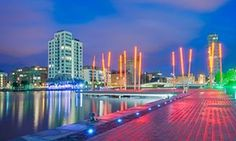 Dublin city guide: what to see, plus the best hotels, bars and restaurants | Travel | The Guardian