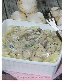 Paste cu piept de pui si sos de smantana Romania Food, Meat Steak, Paste Recipe, Salad Sauce, Recipes From Heaven, Desert Recipes, Soul Food, Food To Make, Bacon