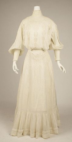 Dress  Date: 1903   Culture: American   Medium: cotton