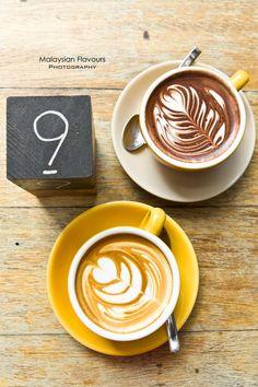 Hot cuppuccino and hot chocolate from Feeka Coffee Roasters at Jalan Mesui, Kuala Lumpur #coffee #coffeeart #feekacoffeeroasters #cafe #malaysiacoffee