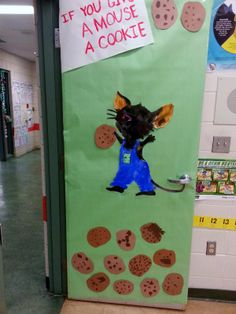 If you give a mouse a Cookie book classroom reading door.
