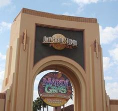 Should You Buy an Express Plus Pass at Universal Studios Orlando? - Traveling Mom