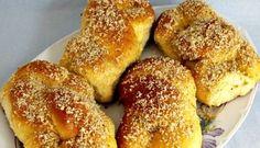 Mucenici moldovenesti (Sfintisori) Braided Bread, Romanian Food, Bagel, French Toast, Oven, Baking, Breakfast, Sweet, Paste
