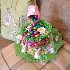 Fun with Easter Bonnets (Third Edition) Easter Bonnets, Easter Bunny, Easter Eggs, Happy Easter, Easter Projects, Easter Crafts, Easter Ideas, School Projects, Easter Hat Parade