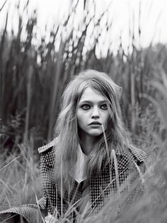 BEAUTY OF THE DAY : SASHA PIVOVAROVA