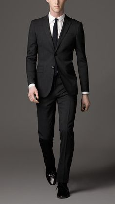 Modern Fit Virgin Wool Blend Suit in Charcoal | Burberry