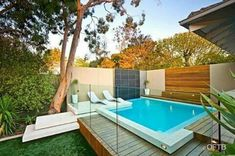 Everyone loves luxury swimming pool designs, aren't they? We love to watch luxurious swimming pool pictures because they are very pleasing to our eyes. Now, check out these luxury swimming pool designs. Small Swimming Pools, Luxury Swimming Pools, Small Pools, Swimming Pool Designs, Outdoor Swimming Pool, Luxury Pools, Lap Pools, Indoor Pools, Dream Pools